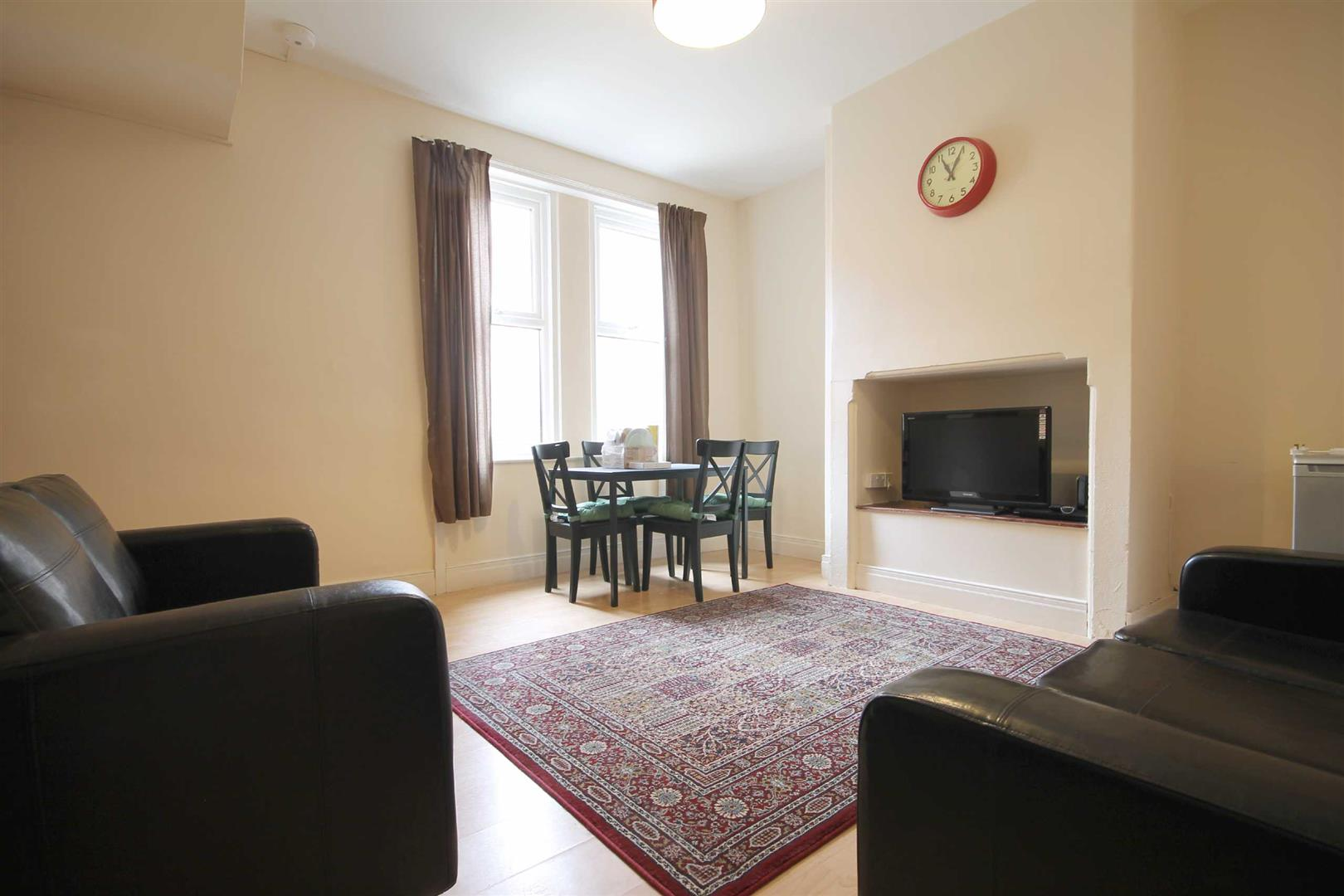 Whitefield Terrace Newcastle Upon Tyne, 6 Bedrooms  House - mid terrace ,For Sale